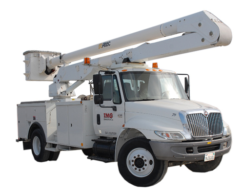 Bucket lift vs. Bucket Truck: What is the difference?